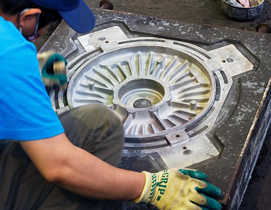 フィンや風穴を伴った複雑形状のモーター部品用鋳物製品